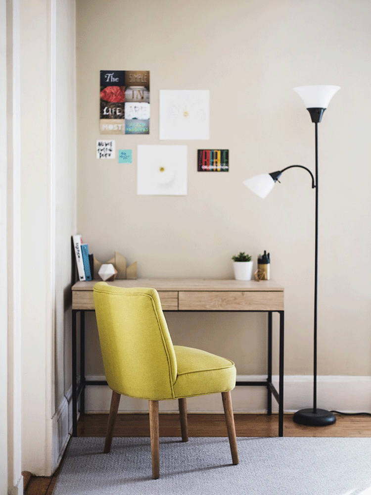 Íróasztal a sarokban-Orning Anikó, webdesign, logó- és arculattervezés, honlapkészítés, grafikai munkák, plakát tervezése, felhasználóbarát és reszponzív weboldal tervezése, Pécs, kedvezményes ár